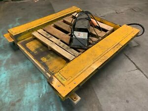 Floor Level Hydraulic Scissor Lift Table Low Profile Pallet Jack Accessible