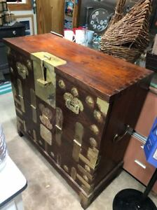 Rare 19th Century Korean Joseon Dynasty Albandanji Baektong Blanket Chest