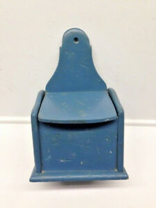 Old Primitive Robins Egg Blue Paint Wall Hanging Wooden Spice Or Salt Box