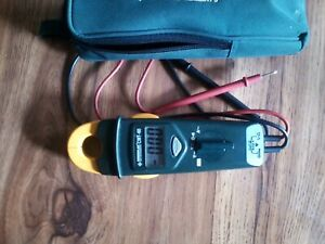 Greenlee Cmt 60 Clamp Meter Tester 600 Vac dc 200 A