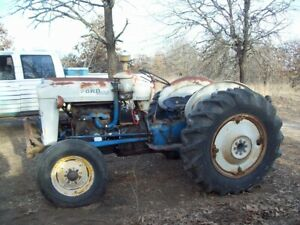 Vintage antique 1963 Ford 4000 Diesel Tractor 172 4 Cyl Engine Runs Great