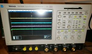 Tektronix Tds7404b 4 channel Oscilloscope 4ghz 20 Gs s Tested Working Condition