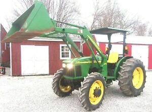 John Deere 5105 4x4 With Jd 512 Loader Low Hours free 1000 Mile Delivery