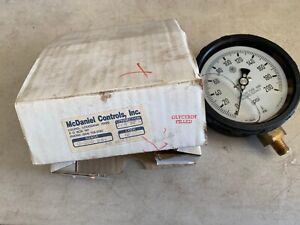 One Mcdaniel Controls Ab 60411 0 200 Psi Pressure Gauge 1 4 npt Glycerin Filled