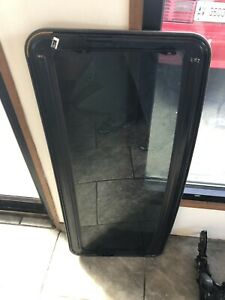 04 05 06 Ford Expedition Sun Roof Glass Window glass Only