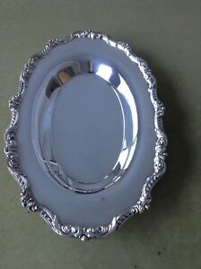 Vintage Old English By Poole 5006 Silverplate Bread Tray Plate Platter Nice
