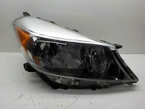 Toyota Yaris Hatchback Right Passengers Oem Headlight 12 13 14 2012 2014