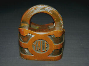 Large Antique Yale Town Padlock Brass Lock 2 5 8 Inches Tall