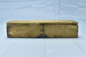 Antique Farm Ranch Homestead Equipment Tractor Small Wood Tool Box W Lid 06551