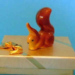 Vintage Porcelain Hungarian Old Hollohaza Miniature Squirrel Marked Handpainted
