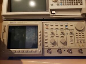 Tektronix Tds640a 500mhz Digital Oscilloscope