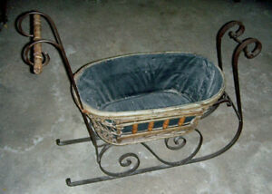 Rare Wicker Antique Victorian Childs Sleigh Or Push Sled All Original Iron Runs