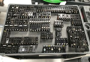 Circuit Breakers huge Lot Of 145 Ite Challenger Ge 120 240v Single Two Pole