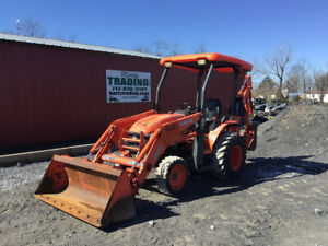 2011 Kubota B26 4x4 Diesel Compact Tractor Loader Backhoe Only 1600 Hours