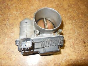2005 Nissan Altima 2 5s 2 5 L S Fuel Gas Intake Throttle Body 2004 2003