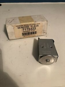 Elgin Sweeper 7175423 Expansion Valve New