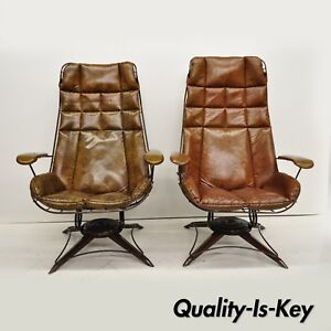 Pair Vintage Homecrest Brown Vinyl Mcm Iron Wire Patio Lounge Chairs Armchairs