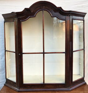 18th C William Mary Period Antique Wall Cabinet Vitrine W Tombstone Bonnet