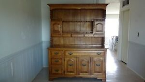 Vintage Cushman Maple Hutch And Buffet 79 X62 X20