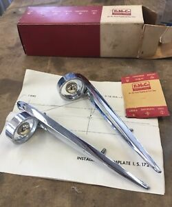 1958 Ford Skyliner Chrome Front Fender Ornament Nos Pn B8a 18253 a