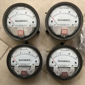 Dwyer Magnehelic 2015c Differential Pressure Gauge Range 0 15 Psi Lot Of Four
