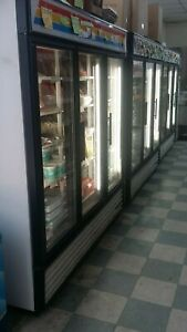 Used True 3 glass Door Merchandising Refrigerator Gdm 72 Commercial Refrigerator