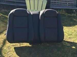 2004 2006 Gto Seat Back Black Leather No Tears Seams Pulling