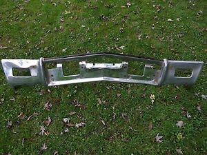 1970 Buick Riviera And Riviera Gs Front Bumper Core 2