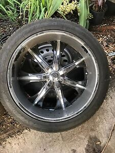 U2 35 24x10 0 Rims Chrome Only 2 Rims W Tires