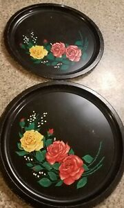 Charming Vintage Pair Of Round Black Metal Tole Painted Shabby Chic Trays Roses
