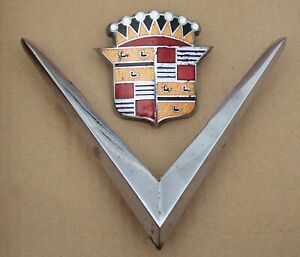 Vintage 1948 1949 Cadillac Hood Ornament V W Crest Part No 1453001 Original
