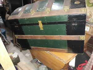 Antique Steamer Trunk Vintage Victorian Humpback Stagecoach Chest