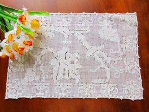 Antique Italian Handmade Figural Lace Pulled Thread Embroidery Doily Vineyard