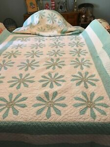 Antique Vintage Quilts Matching Pair Hand Pieced Hand Quilted 78 X 62