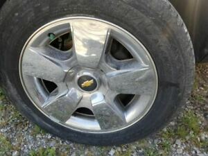 Wheel 20x8 1 2 5 Spoke Covered Lug Nuts Fits 09 11 Avalanche 1500 535178