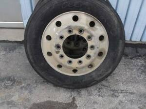 Like New Box Tow Truck Front Steer Tire 255 70r 22 5 16pr Firestone Alcoa Rim