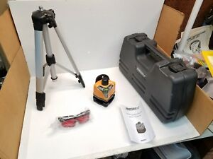 Johnson 40 0918 Manual Rotary Laser Level Kit With Tripod Glasses And Case