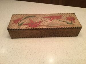 Vintage Old Pyrography Burnt Wood Dresser Box Floral Ties Red Green Flowers