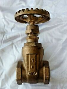 Nibco 1 Threaded Bronze Gate Valve W Bronze Handwheel Part T113 irr