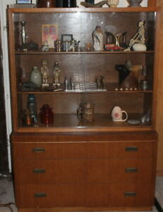 Vintage Mid Century Modern Red Lion Table Co Buffet China Cabinet Sideboard