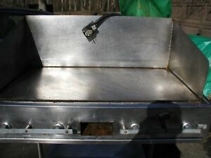 Wells Commercial 48 Grill griddle On Wheels