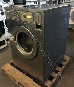 Huebsch Hc60md2 Washer extractor 60lb Coin 220v 3ph Reconditioned