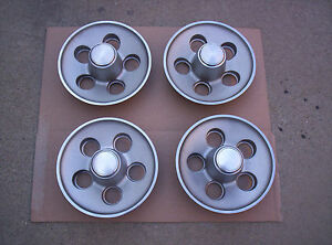 Mopar Rally Wheel Center Caps Small Bolt Pattern Dart duster A Body 1970 71
