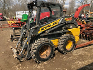 2011 New Holland L218 Skid Steer Loader