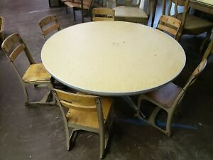Vintage Kids Table And 6 Chairs