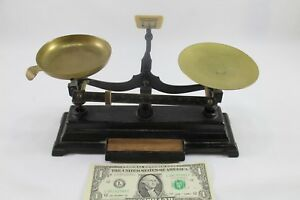 Antique Henry Troemner Balance Scale Model 6 Box D