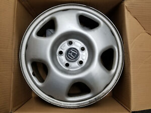 Oem Honda Crv Set Of 4 Wheels 17 With Center Caps And Lugs