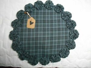 Primitive Blue Homespun Fabric Candle Mat Table Runner Topper Yoyo Doily 2