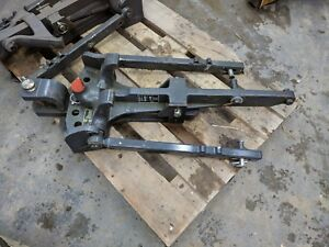 Valtra Pick Up Hitch With Swinging Drawbar Bottom Part Attachment
