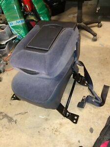 99 06 Chevy Silverado Gmc Sierra Center Jump Seat Assembly Tahoe Yukon